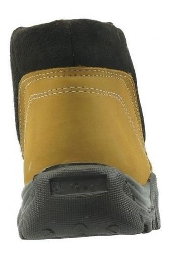 bota casual de niño marca mores  nobuck miel 981