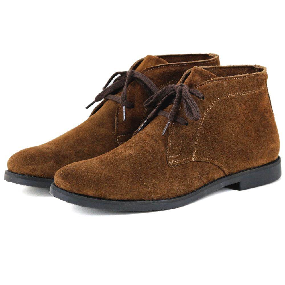 a555e644d6 bota casual desert masculina marrom e preta couro camurça. Carregando zoom.