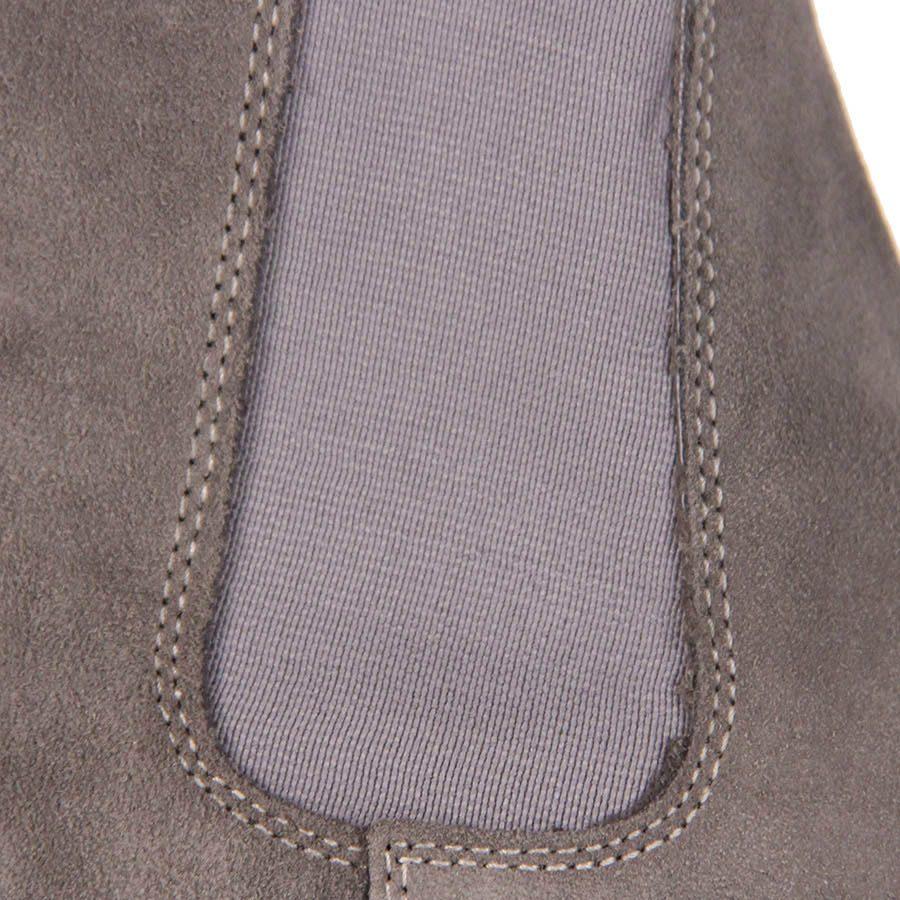 d69d24e4ada bota chelsea masculina metropolitan - cinza. Carregando zoom.