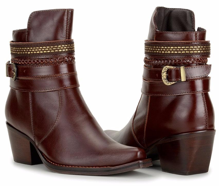 e5362aefc6 bota country feminina cano baixo salto médio fivela couro. Carregando zoom.