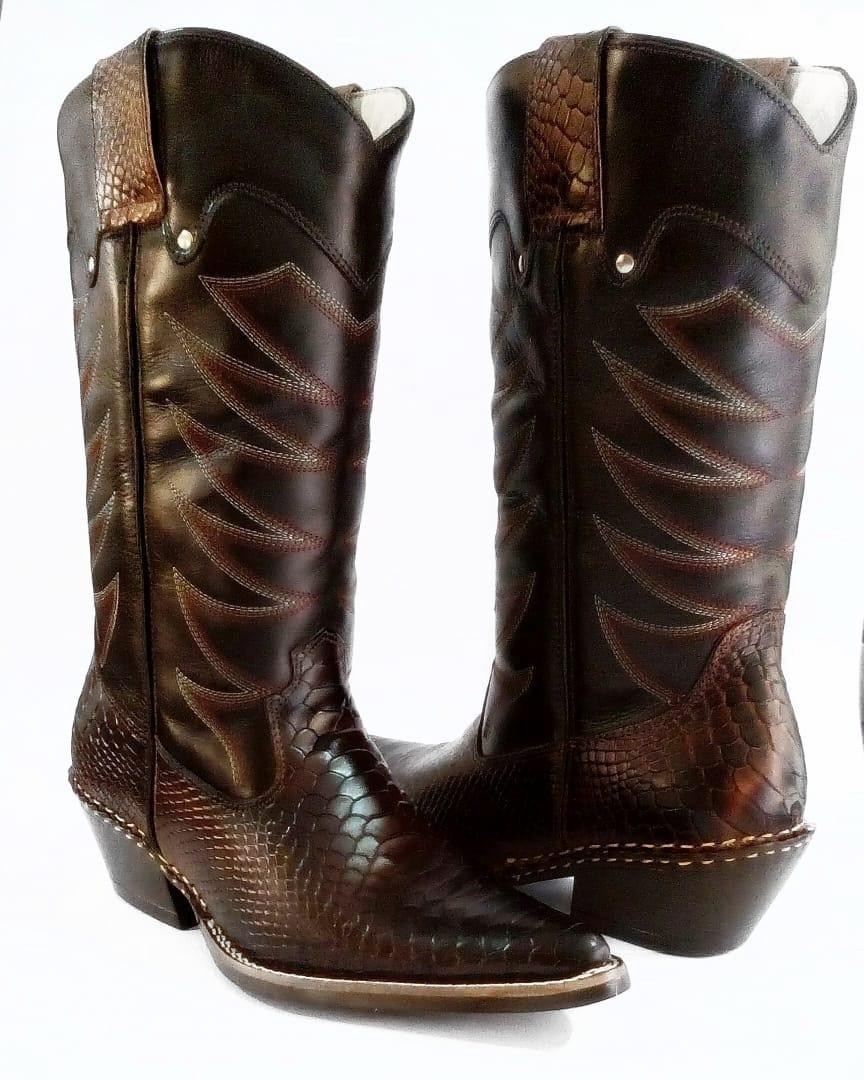 54e7d519b3 Bota country masculina cano longo texana rodeio couro carregando zoom jpg  864x1080 Bota country cano alto