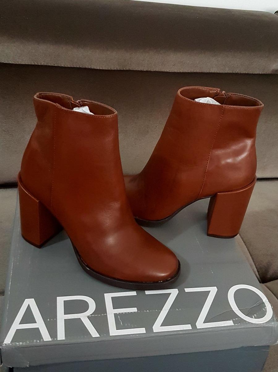 08c2e6f38 Bota Couro Arezzo - R$ 299,00 em Mercado Livre