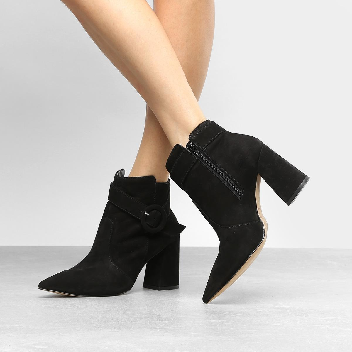 61a3dac85 bota couro cano curto shoestock fivela redonda feminina. Carregando zoom.