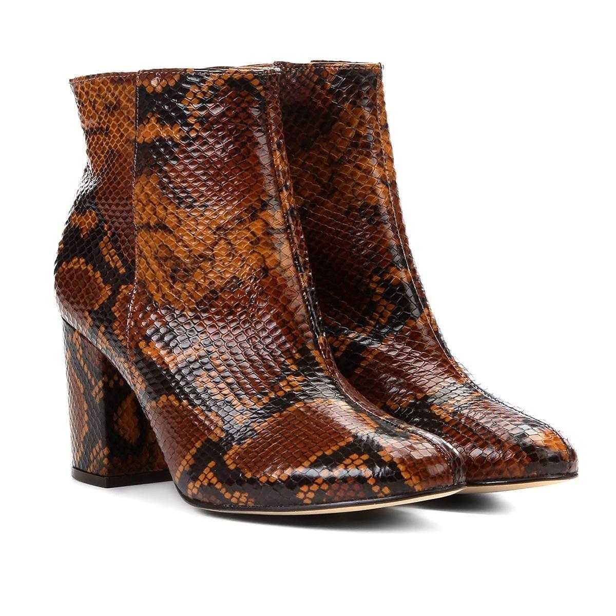 d27593808b Bota Couro Cano Curto Shoestock Snake Feminina - R$ 399,90 em ...