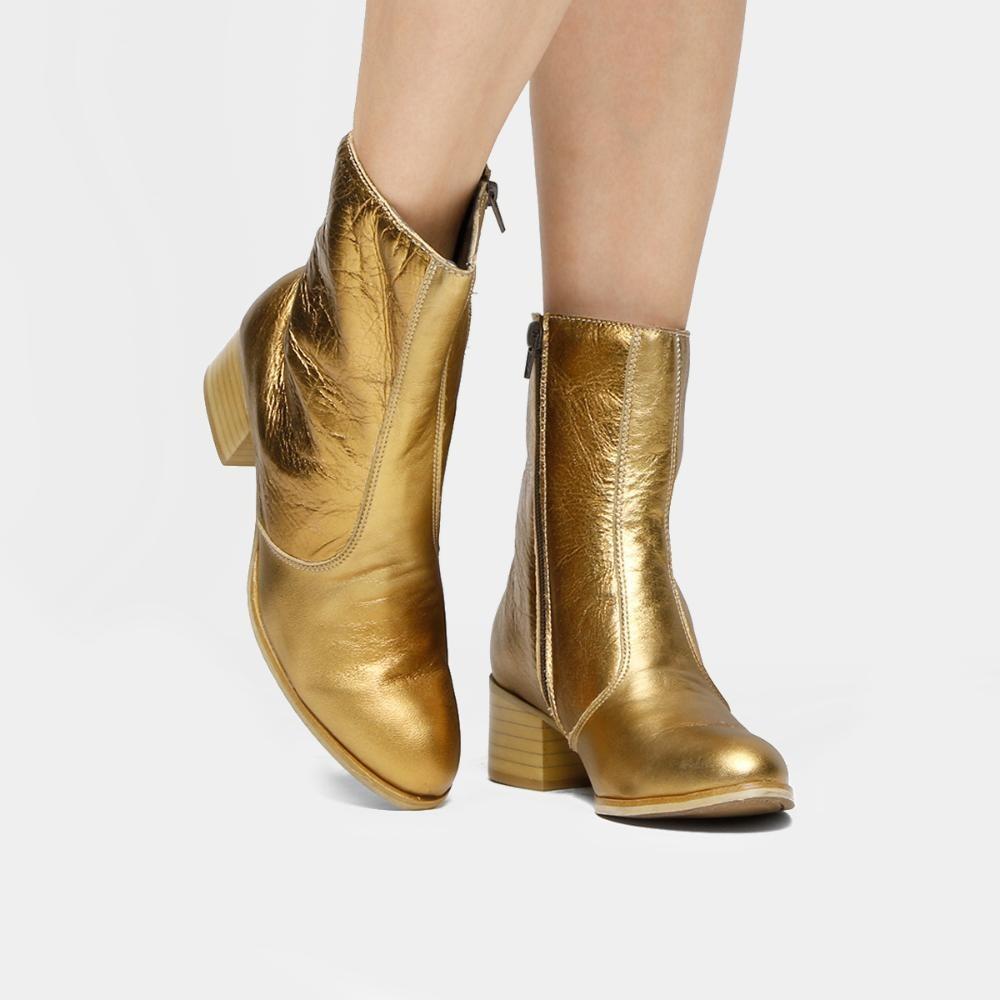 ac8d62f10 bota couro cano médio shoestock salto bloco. Carregando zoom.