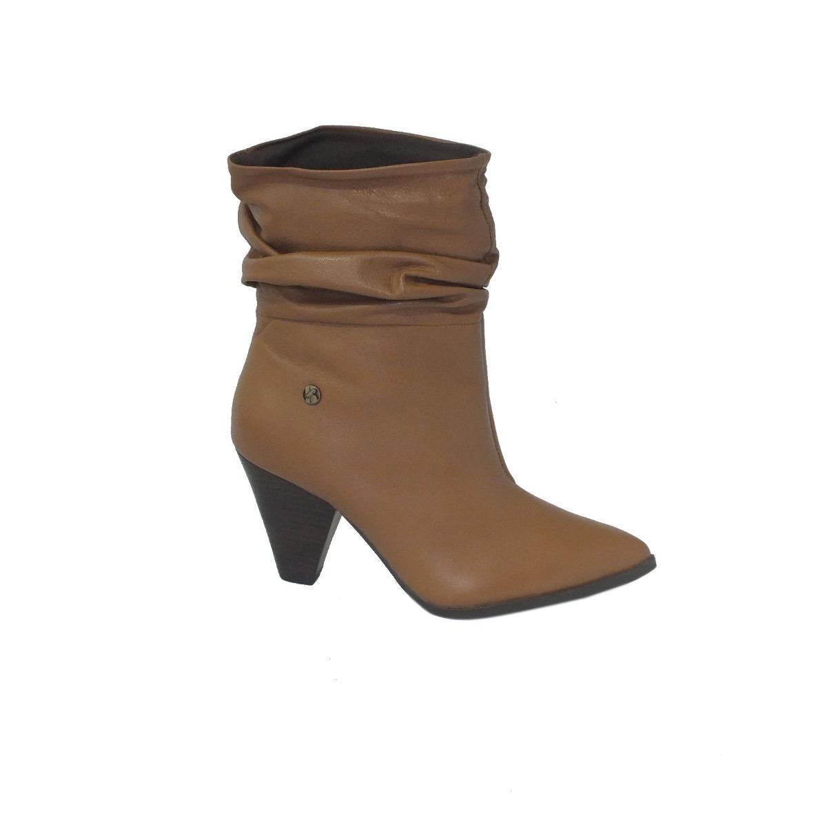 bota couro slouch cano curto bottero salto cone - caramelo. Carregando zoom. 685c5bb5faad5