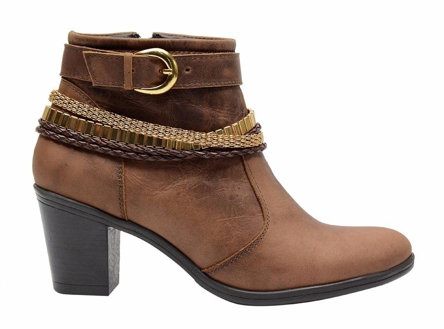 4f82e561c3 bota de couro feminina cano curto salto alto luxo top barata. Carregando  zoom.