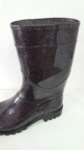 bota de lluvia media caña, del 35 al 40.