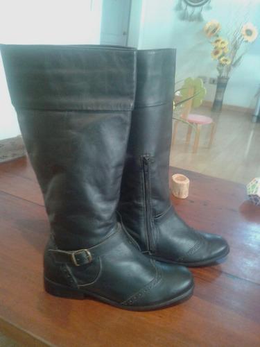 bota de montar marca mor n° 38  color negra 100 % cuero