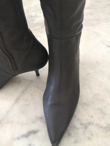 bota  em couro marrom