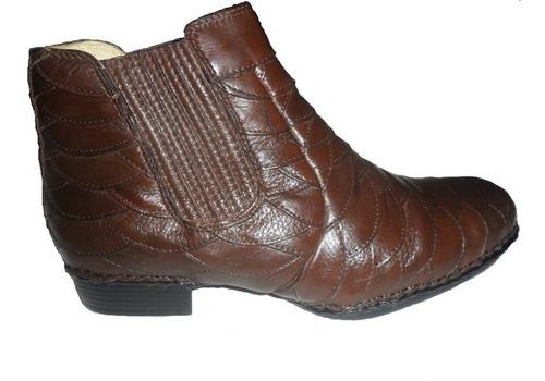 bota escamada cla cle em couro chocolate sola borracha