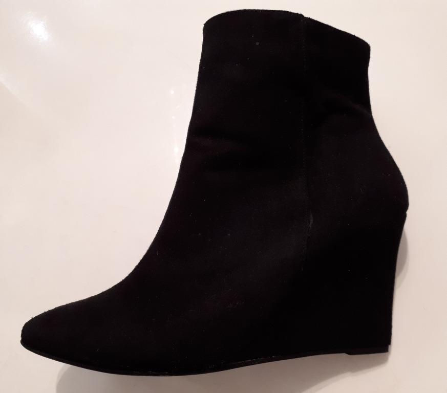 Bota Feminina Ankle Boot Anabela Nobuck Preto Via Uno Linda! - R ... 0a8d0fe70dc0a