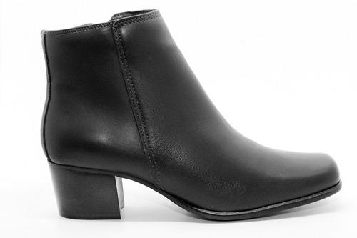 bota feminina bico quadrado comfort couro de carneiro preta