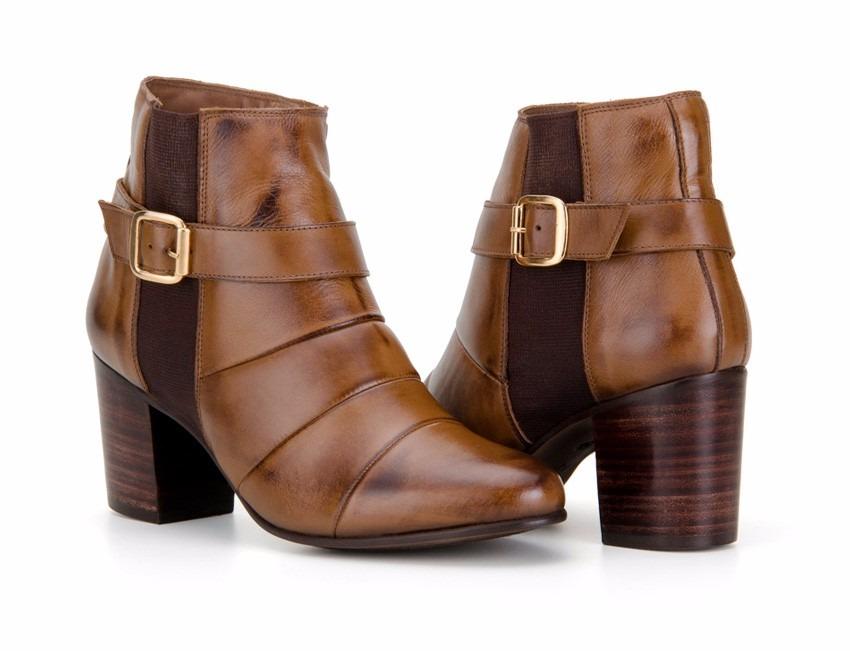 e6907f780 bota feminina cano curto confortável em 100% couro legítimo. Carregando  zoom.