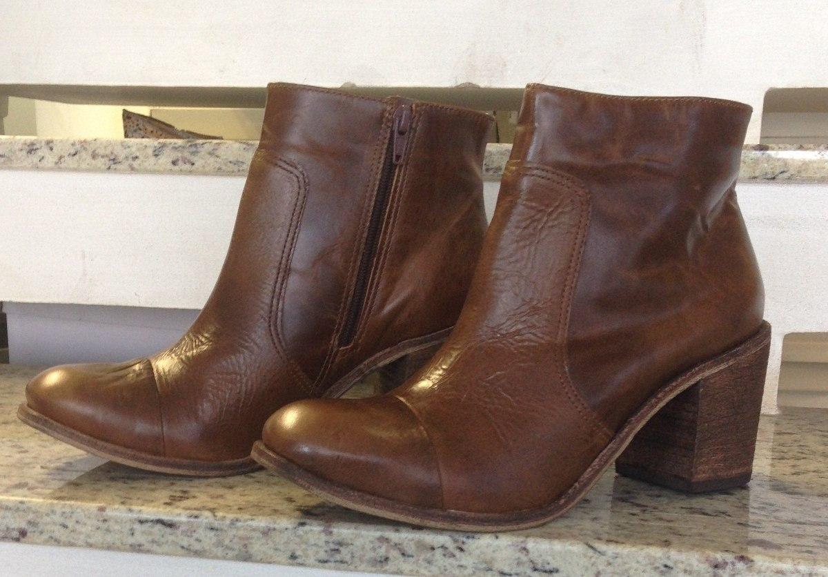 bota feminina cano curto couro legítimo zíper. Carregando zoom. dc0fa2ddc8960