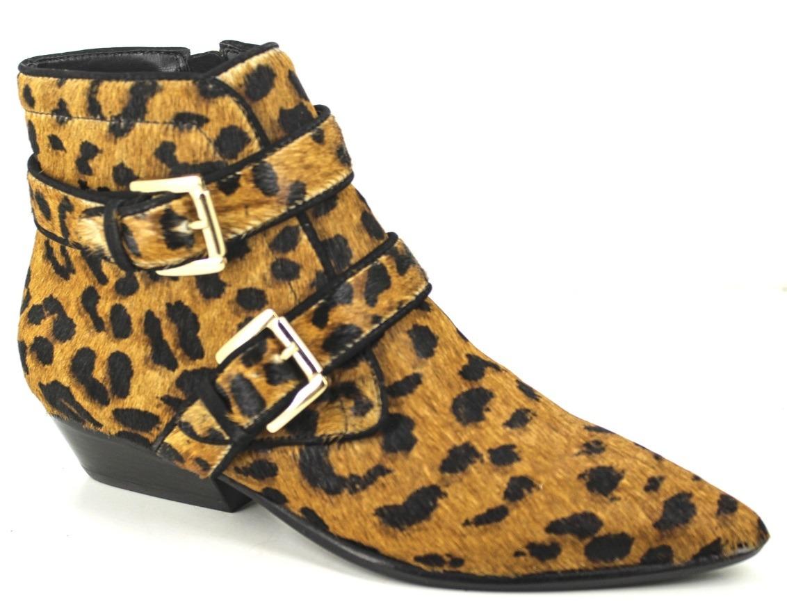 4ff0f0de3 bota feminina cano curto salto baixo bico fino carrano couro. Carregando  zoom.