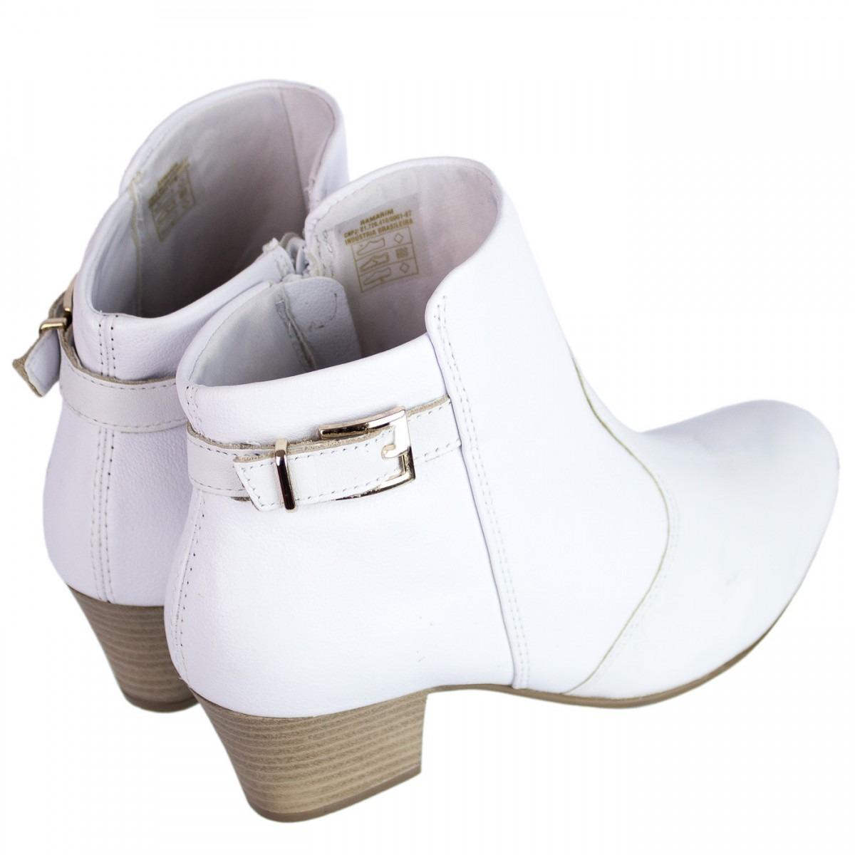 5feb0a6caf2 bota feminina comfortflex branca couro cano curto 1699301. Carregando zoom.