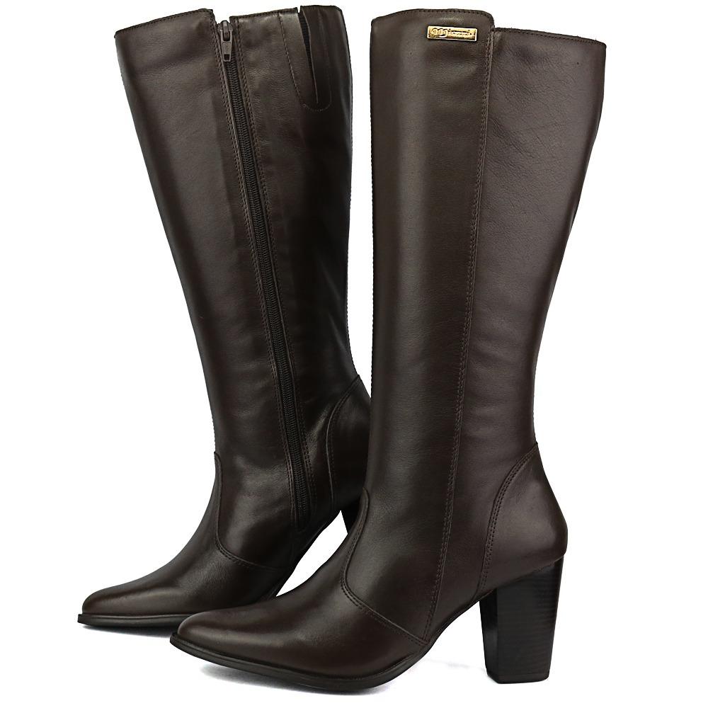 125395412 bota feminina em couro bico fino cano médio alto café. Carregando zoom.