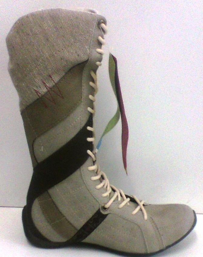 805d2363a bota feminina rasteira street cano alto cravo e canela. Carregando zoom.