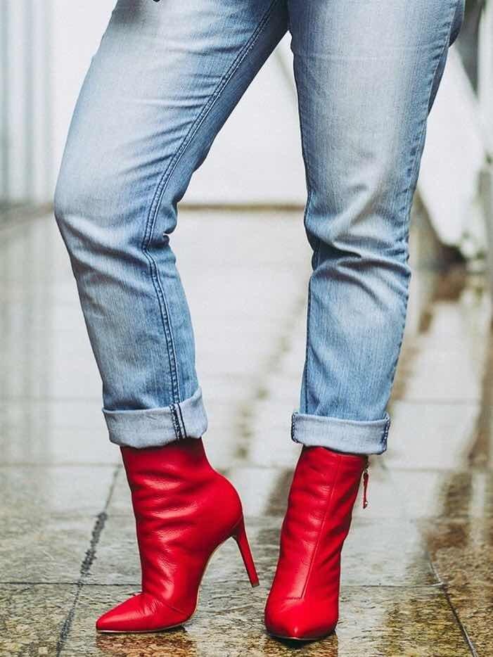 7f0e424353 bota feminina tanara vermelha couro bico fino t-2281. 10 Fotos