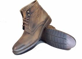 15518af8c Bota Democrata Garage Marrom - Sapatos com o Melhores Preços no ...