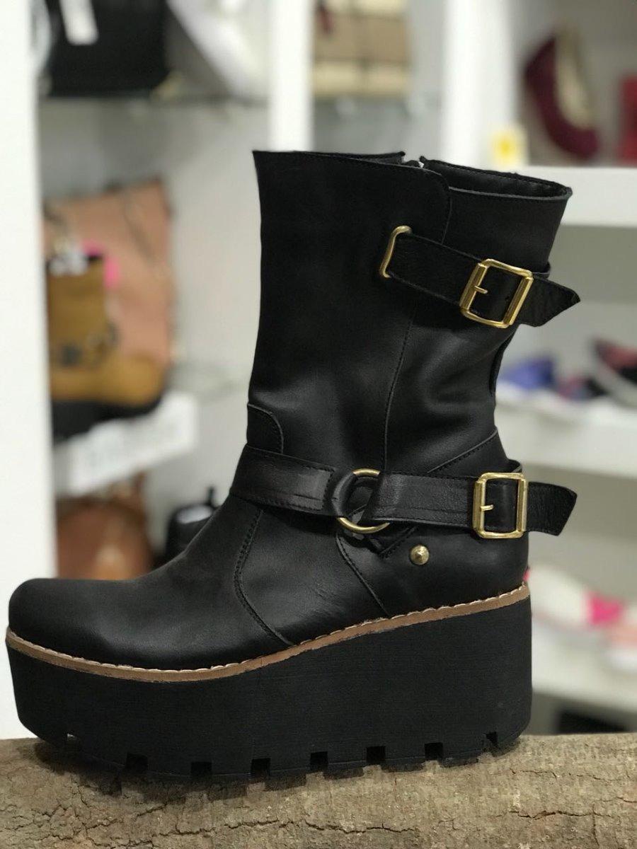 a0e80cab4 bota media caña mujer con plataforma negro y chocolate. Cargando zoom.