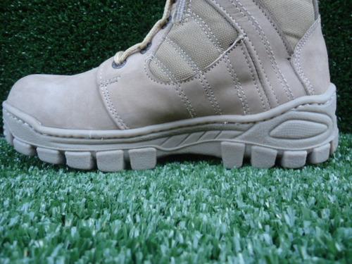 bota militar color beige