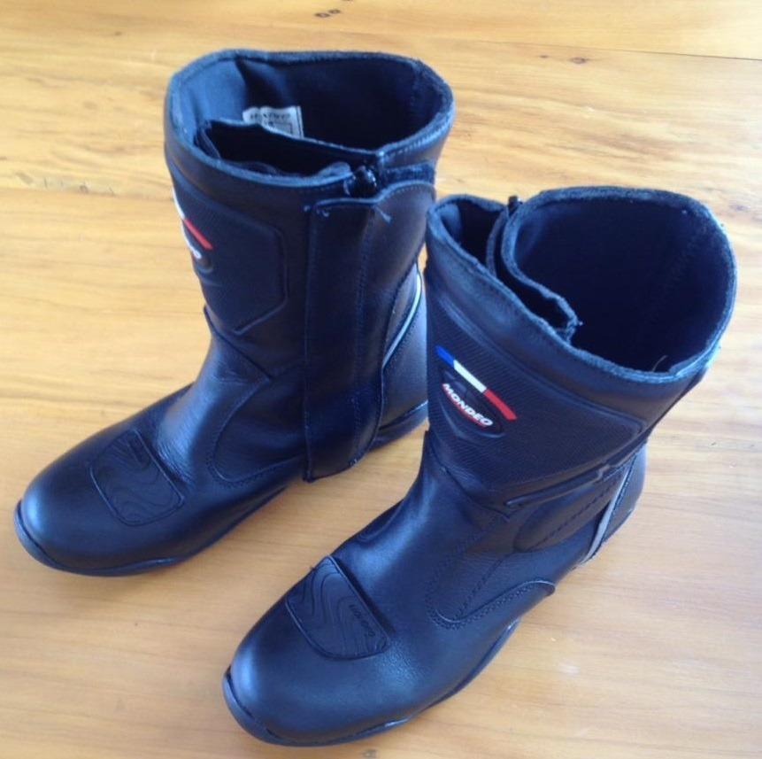 cab5cbed9d9 bota mondeo impermeável leather dry evo feminina 36. Carregando zoom.