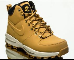 Bota Nike Manoa Miel