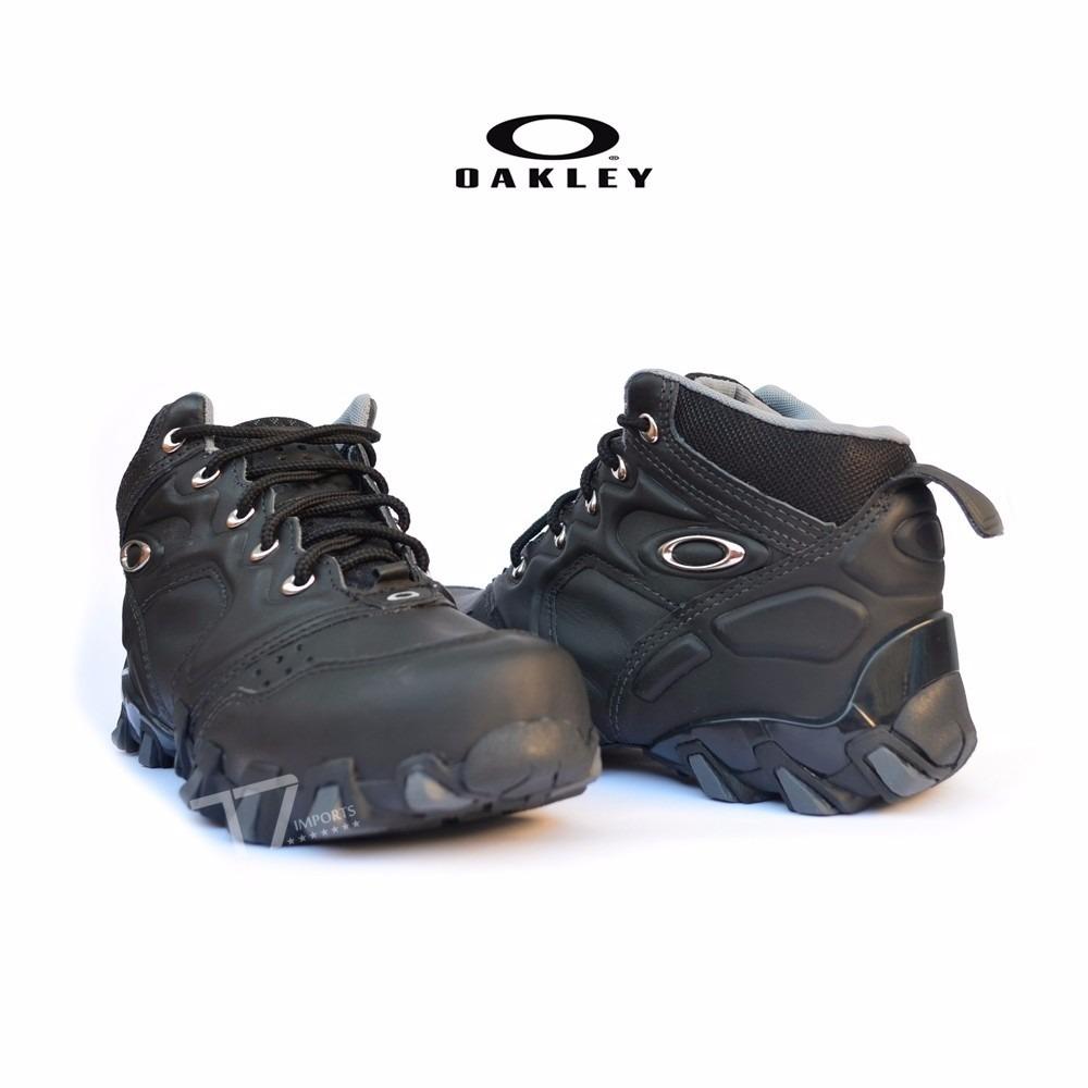 Bota Oakley Teeth Arctec - Promoção - Frete Grátis. - R  179,90 em ... 1957592bb5