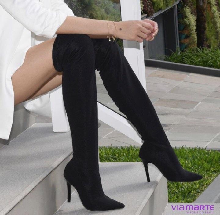 e04d5c056 Bota Over The Knee Tecido Meia Bico Fino Feminina Via Marte - R$ 129,90 em  Mercado Livre