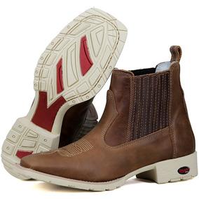 70695146cd Botina Texana Bico Quadrado Branca Sapatenis - Sapatos no Mercado ...