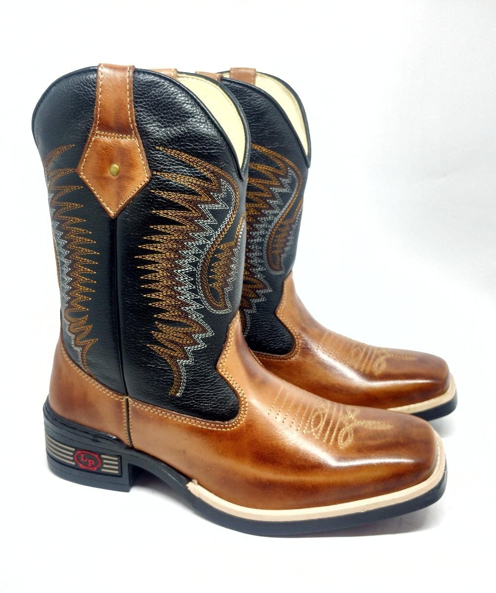 15b7939fa7 bota texana country masculina em couro bico quadrado preta. Carregando zoom.