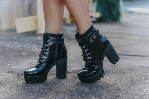 bota tratorada feminina cano médio salto alto meia pata