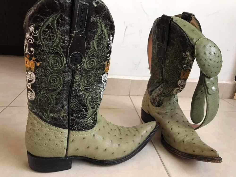 c100ba45ac bota vaquera piel exótica avestruz verde laredo 27 cinto. Cargando zoom.