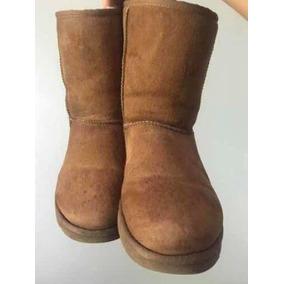 589c640df Ugg Boots 1 Botao - Sapatos no Mercado Livre Brasil