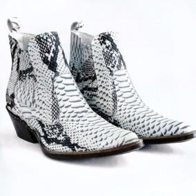 149e9c08cfd16 Bota Texana Masculina Bico Fino Branca West Country - Sapatos no ...