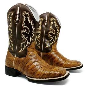 6a55e167b2c Bota Texana Escamada Bico Quadrado - Botas para Masculino Preto no ...