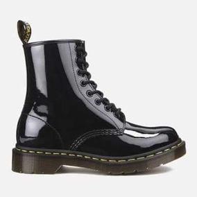c8a82fcf029e2 Dr Martens Charol Botas - Zapatos en Mercado Libre México