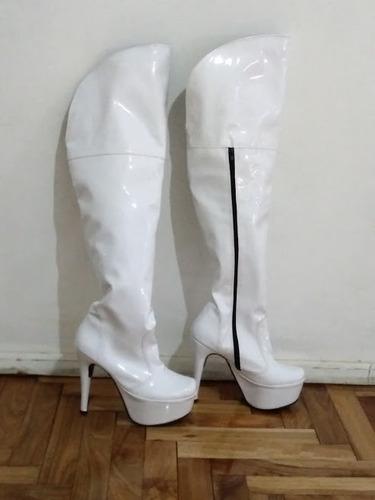 botas bucaneras talle 37 charol color blanco plataforma