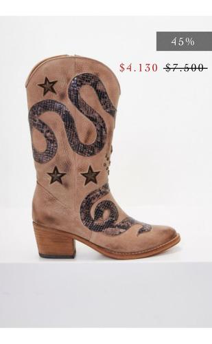 botas clara barcelo hay una serpiente en mi bota 2.0
