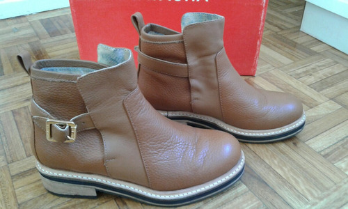 botas color suela natacha