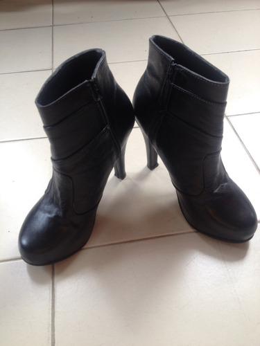 botas dama negras tobilleras