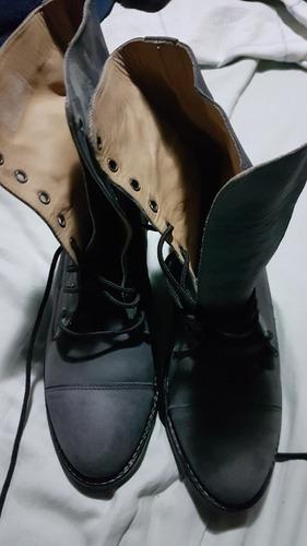botas de cuero borcegos num.38