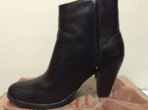 botas de cuero botines