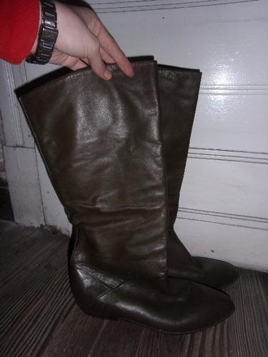 botas de cuero, canha alta, taco bajo para dama, talle 40