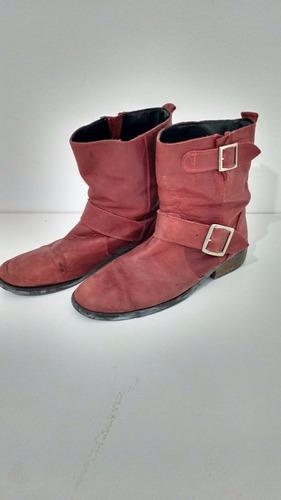 botas de cuero clona