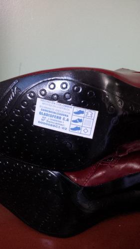 botas de cuero colombiano
