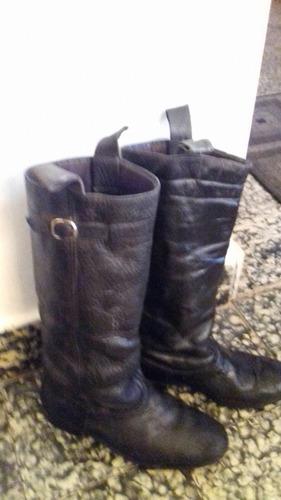 botas de cuero, n°38. negras, de paisano o de gaucho.