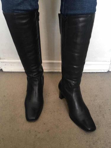 botas de cuero negro nuevas via uno